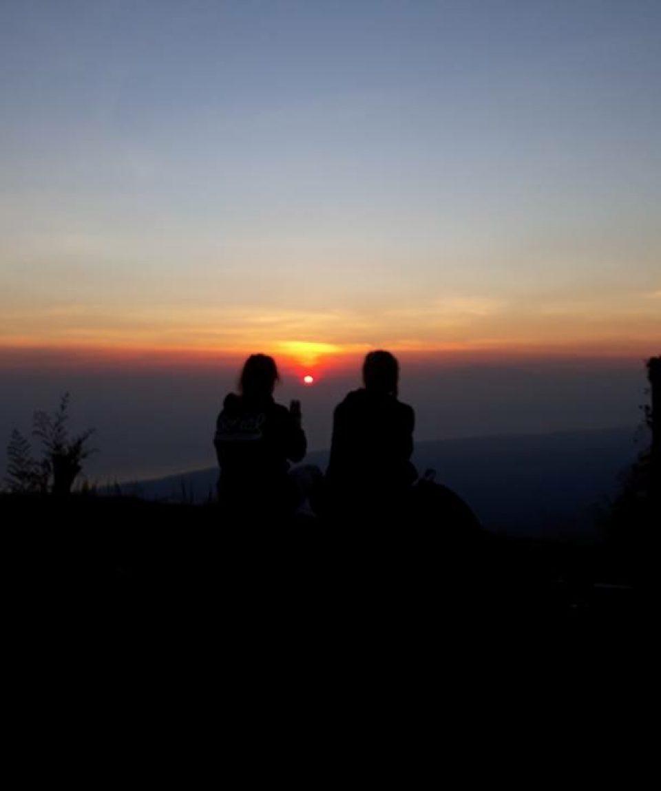 batur caldera sunrise hiking bali volcano hiking